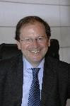Hervé Novelli détaille son plan d'action pour valoriser le commerce de proximité