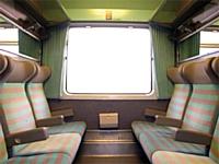 Francis Ricart, caviste à Maizières dans le Pas-de-Calais, va vendre dans sa boutique des billets de train.