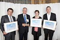 Les trois lauréats de la catégorie Innovation avec Elisabeth Rochas, directrice régionale IDF chez Ubifrance