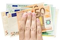 4248 euros: le salaire net moyen d'un dirigeant de TPE en 2010