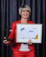Anne-Sophie Panseri, dirigeante de Maviflex, remporte le Trophée d'or dans la catégorie RH.