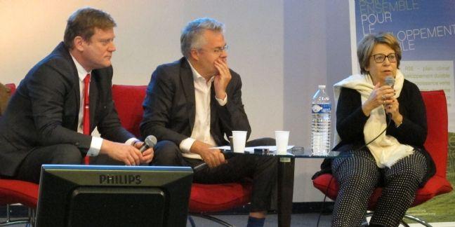 Benoit Thieulin, président du CNNum, Gilles Berhault, président du Comité 21 et Corinne Lepage, présidente de Cap 21, mardi 13 octobre 2015.