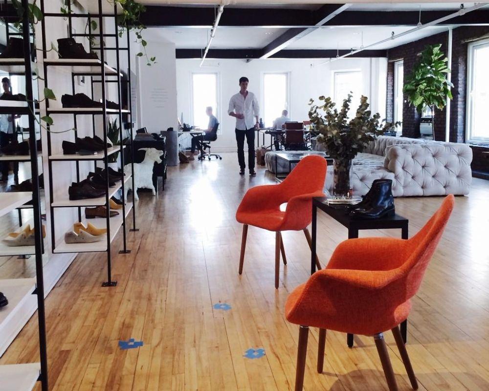 Id e d 39 ailleurs un magasin de chaussures qui ne vend pas for Idee boutique a ouvrir