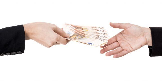 Retards de paiement : 3,9 milliards d'euros fin décembre 2015