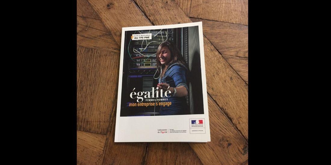 Égalité professionnelle femmes-hommes : un guide des bonnes pratiques pour les TPE et PME