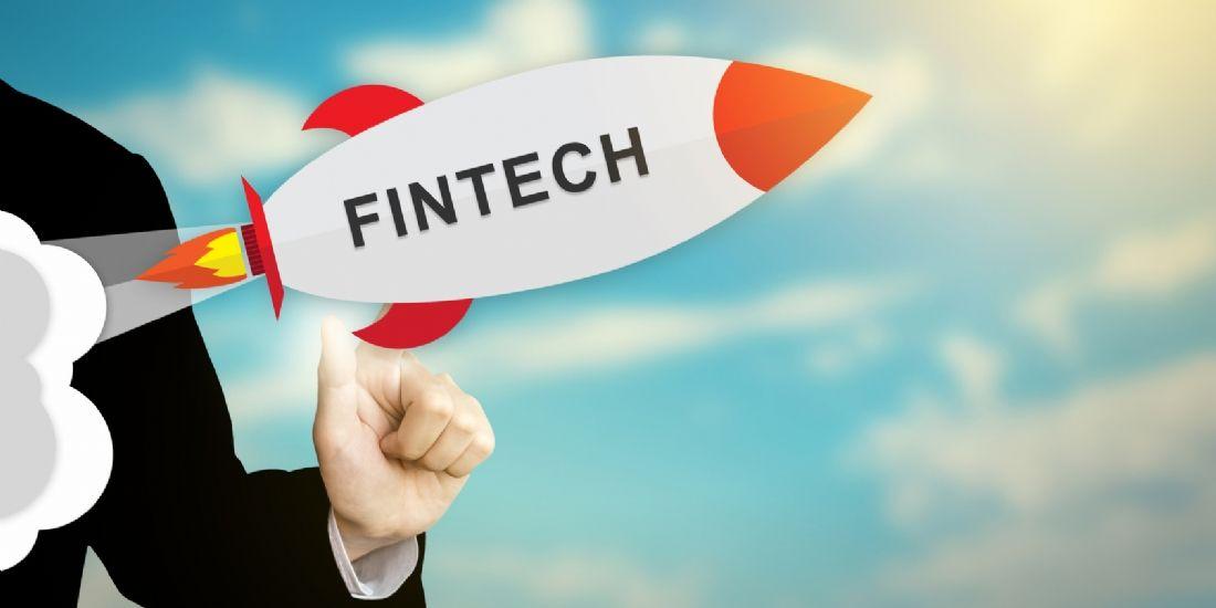 Fintech vs banques traditionnelles : qui conserve l'avantage ?
