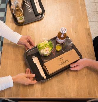 A Paris, une crêperie développe un nouvel outil de cuisson breveté