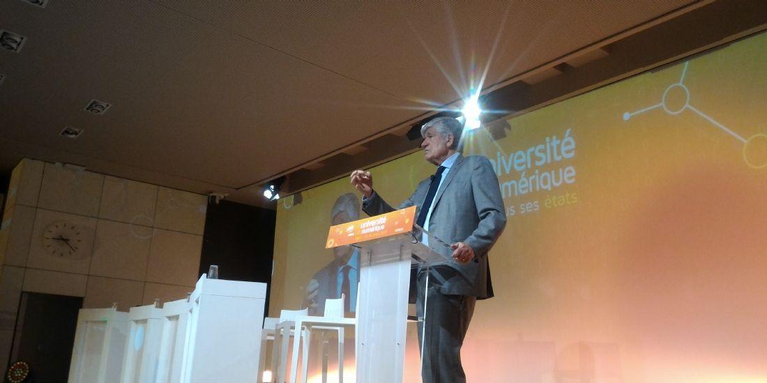 Maurice Lévy, président du directoire de Publicis, a ouvert la seconde journée de l'Université du numérique organisée par le Medef, jeudi 17 mars 2017, à Paris.