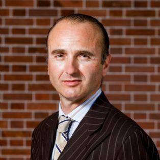Laurent Vronski, président d'Ervor, fait découvrir le monde de l'entreprise aux professeurs | Dossier : Vis ma vie de pa...