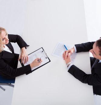Comment mener un entretien de recadrage | Dossier : La boîte à outils du droit social