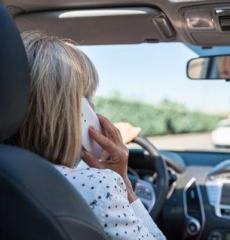 Suspension du permis de conduire d'un collaborateur: que faire? | Dossier : La boîte à outils du droit social