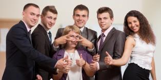 Une opération de teambuilding doit permettre aux collaborateurs de se rapprocher pour atteindre ensemble leurs objectifs.