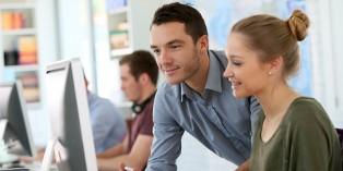 L'adaptation au poste de travail vise à optimiser l'efficacité d'un salarié.