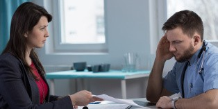 Une procédure de licenciement pour un motif discriminatoire peut aboutir à un licenciement nul.