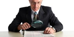 Pour déterminer l'agissement fautif, l'employeur doit recueillir un certain nombre de preuves (témoignages, constats, etc.).
