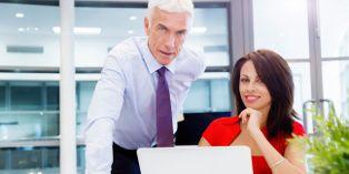 Transmettre une entreprise, c'est également accompagner le repreneur avant qu'il ne reprenne l'entreprise de manière plus autonome.