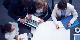 La principale difficulté apparaît dans le cas de la reprise d'une entreprise par un seul salarié, qui devra être légitime face à ses anciens collègues.