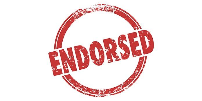 Tout savoir sur l'endorsement : définition, avantages et inconvénients