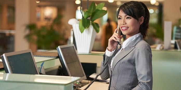 Quelles sont les principales missions d'une hôtesse d'accueil ?