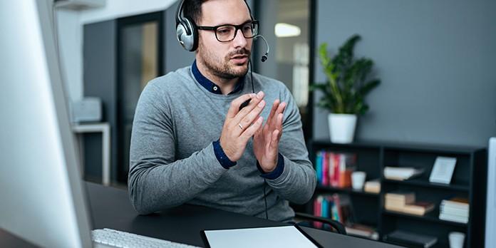 Quelles qualités et compétences faut-il avoir pour devenir responsable client ?