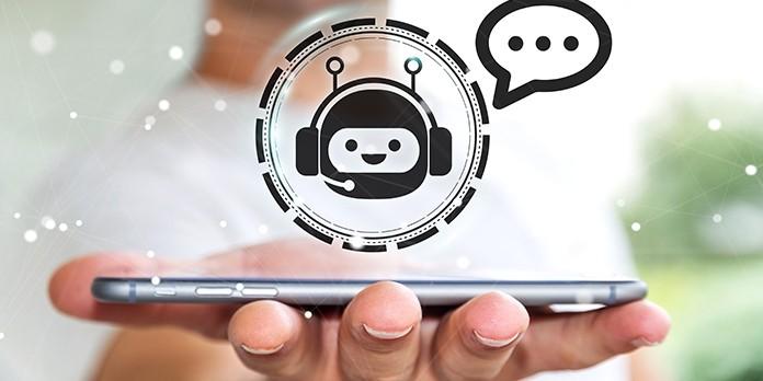 Différences et complémentarités entre chatbot et FAQ dynamique