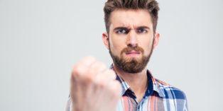 Les réclamations de clients mécontents doivent être traitées avec la plus grande minutie.